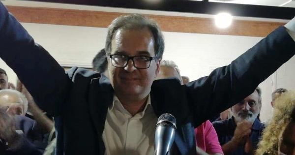 Εικόνες από την 2 Ιουνίου από το εκλογικό κέντρο στο Ξυλόκαστρο