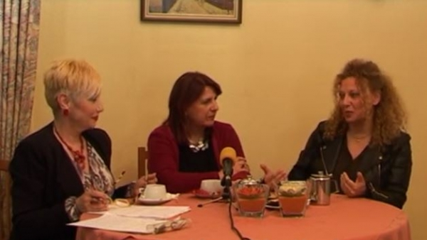 Συνέντευξη της Μαίρης Νικολοπούλου με τις Γιόλα Μαστέλλου και Ελίνα Μενούνου